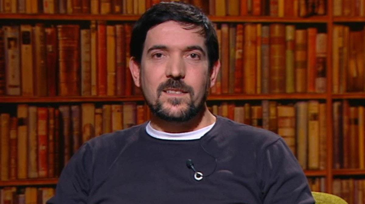"CULTURA - João Nuno Azambuja lança novo livro ""Autópsia"""