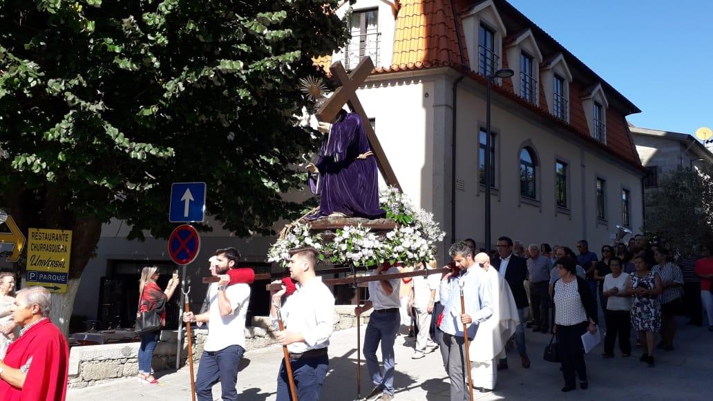 AMARES - Senhor da Saúde voltou à Igreja de Caldelas ao fim de 60 anos