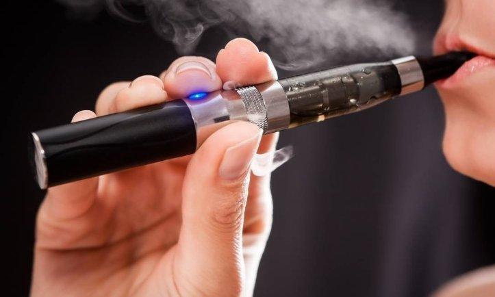 SAÚDE – Médicos aconselhados a denunciar casos suspeitos de doença ligados aos cigarros electrónicos em Portugal