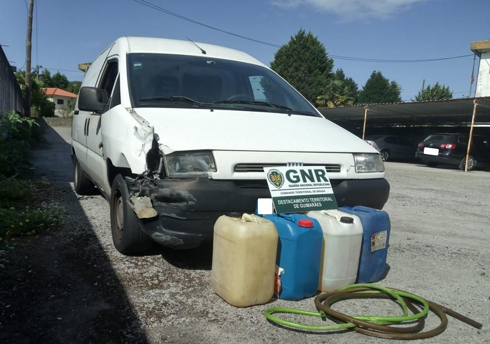 CRIME - Dois homens detidos por furto de combustível nas Taipas