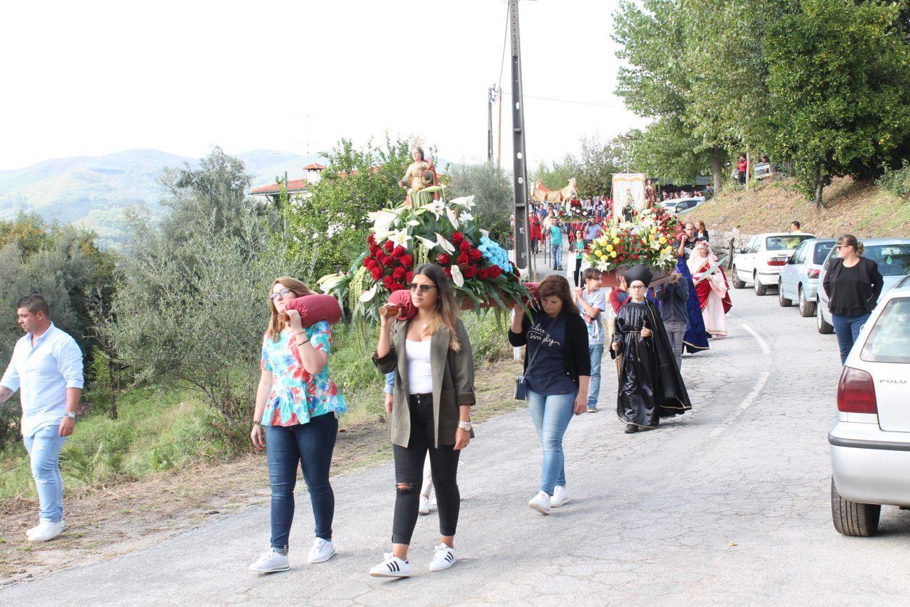 TERRAS DE BOURO - Procissão em honra de São Mateus saiu esta tarde à rua na Ribeira