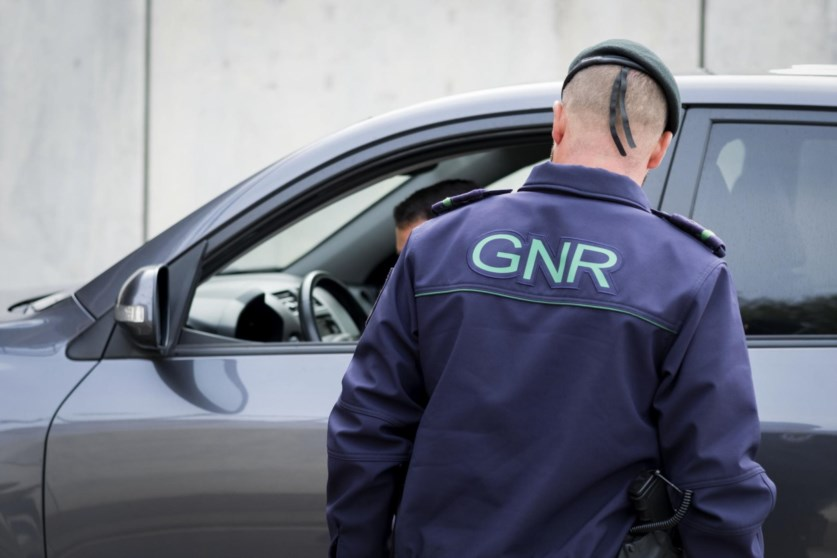 PAÍS –  GNR deteve 21 pessoas em 12 horas