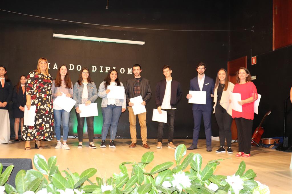 AMARES –  Agrupamento de Escolas de Amares premiou mérito dos alunos