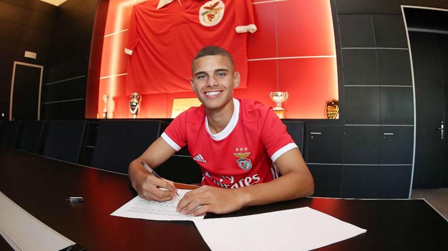 DESPORTO – Jovem amarense assina contrato profissional com o Benfica