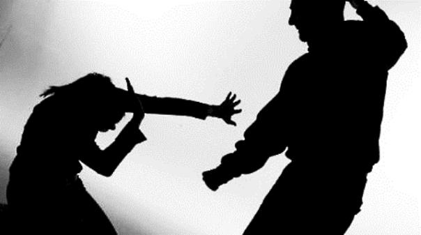 CRIME - Homem de 70 anos com pulseira electrónica por violência doméstica