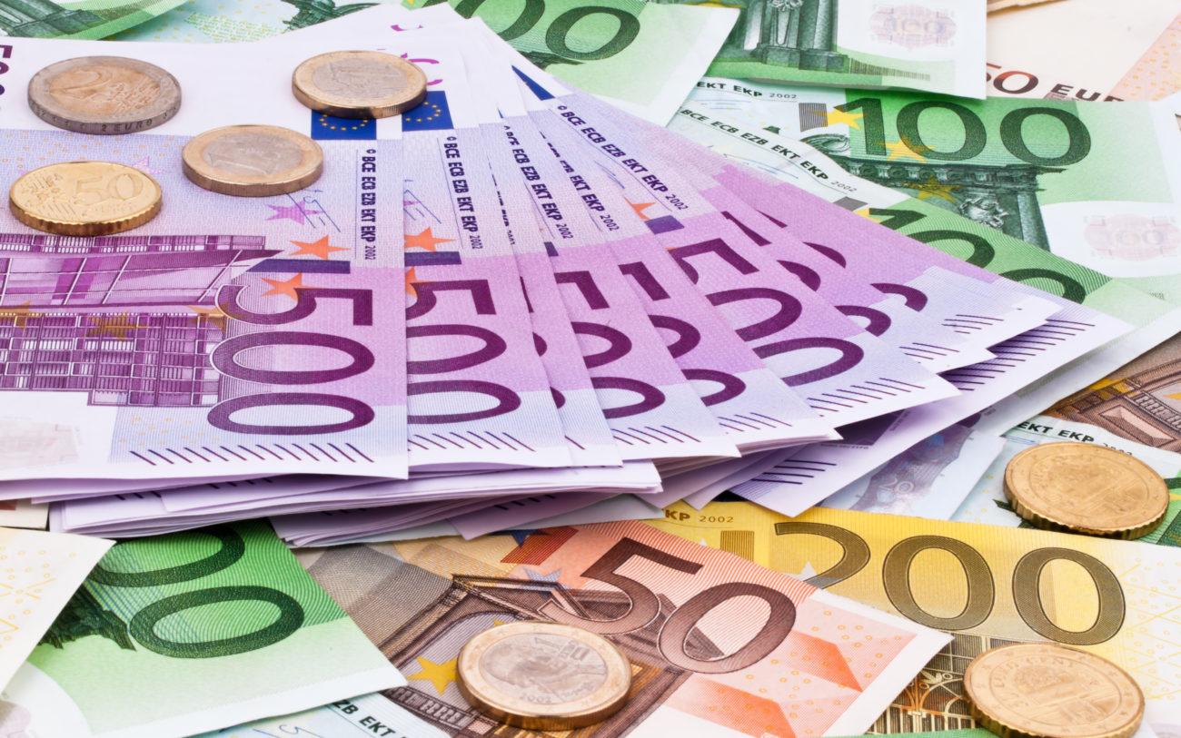 PAÍS – Fisco descobriu que há mais famílias ricas em Portugal do que se pensava