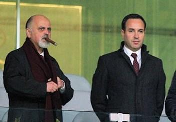 """BRAGA – Mesquita Machado e António Salvador absolvidos. Empresário chorou quando ouviu a palavra """"absolvido"""""""