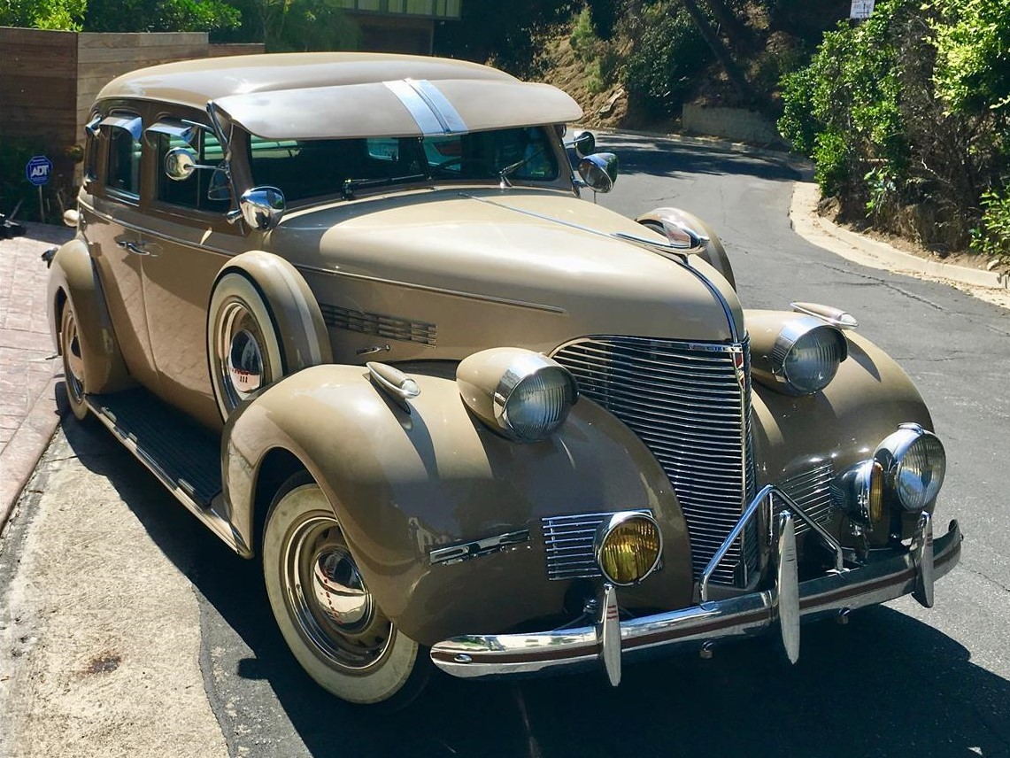 For Sale: 1939 Chevrolet Deluxe
