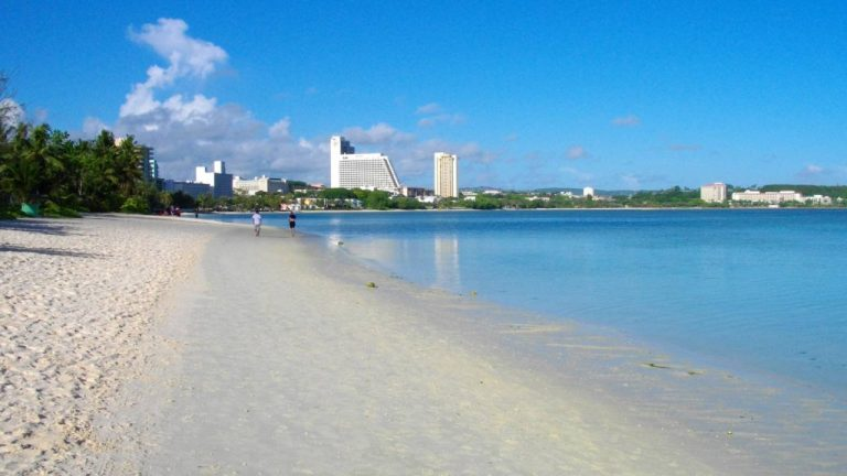 feature-news-lighttravel-tsubakitower-visit-guam