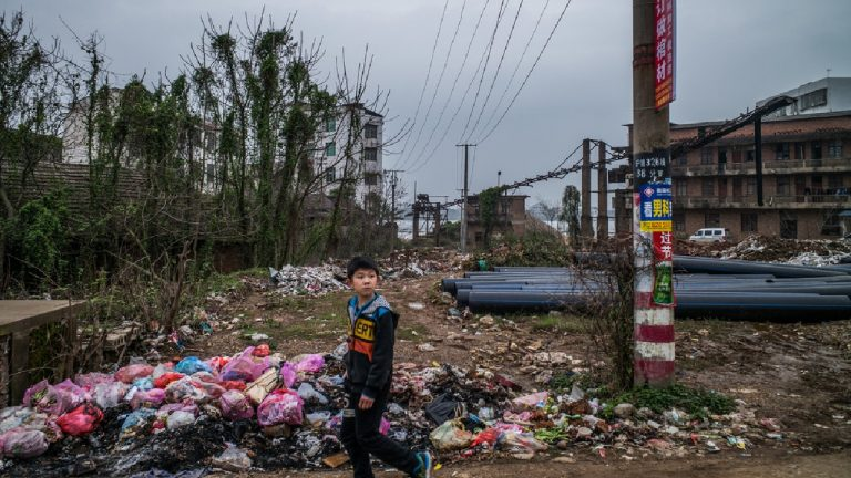 feature-news-environment-china-incineration-plant-back-yard