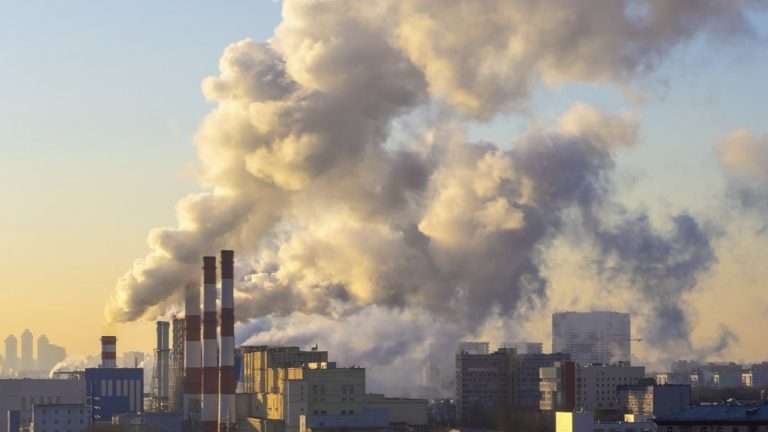 feature-air-pollution-makes-covid19-worse