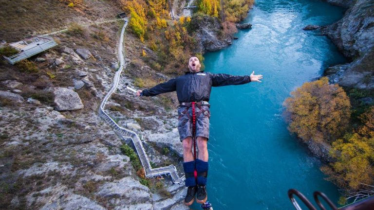 feature-travel-queenstown-extreme-sport