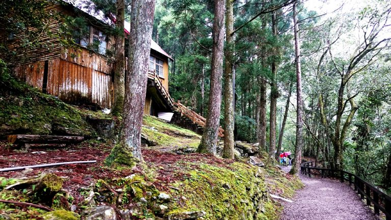 feature-recommened-mountain-hiking-information-0722
