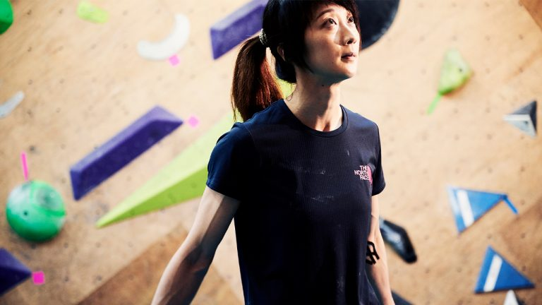 feature-people-climbing-lee-hung-ying-ifsc-moscow-2021