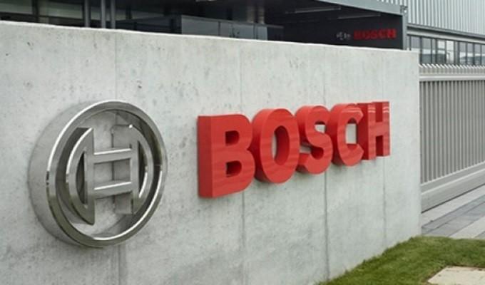 """BRAGAPCP de Braga denuncia """"precárias"""" de condições trabalho na Bosch Car Multimédia em dia de visita de Merkel"""