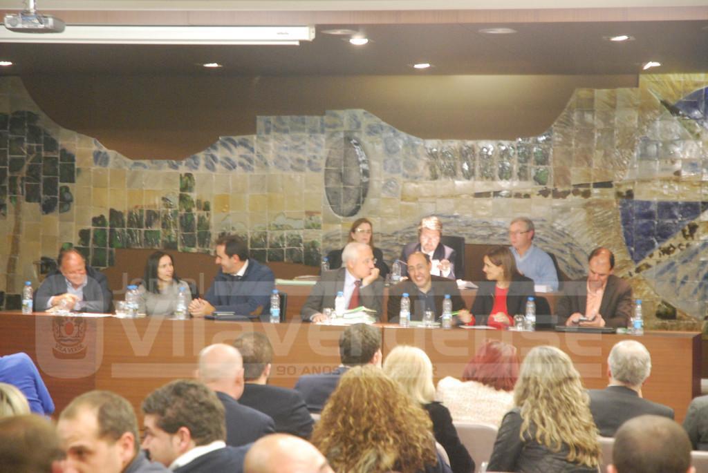 ASSEMBLEIA MUNICIPALContas aprovadas com 12 votos contra e duas abstenções