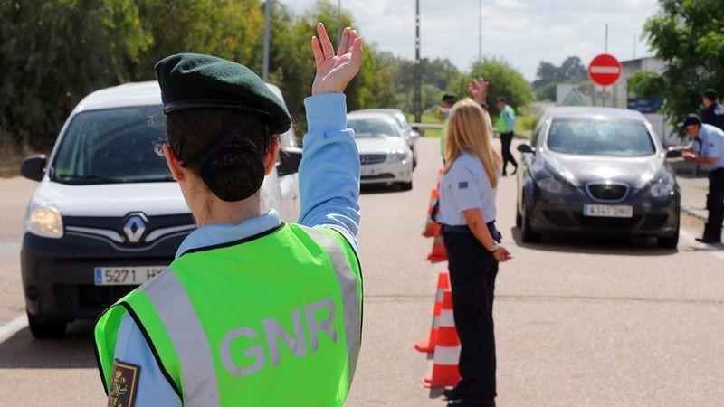 GNR34 pessoas detidas em flagrante delito durante o fim-de-semana