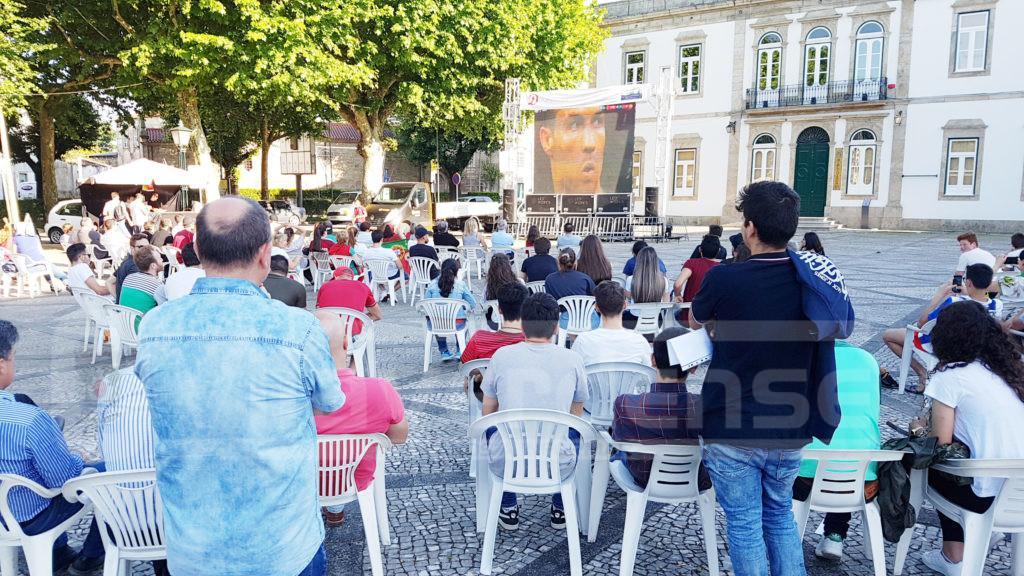 VILA VERDE Portugal-Marrocos é transmitido em ecrã gigante na Praça de Santo António