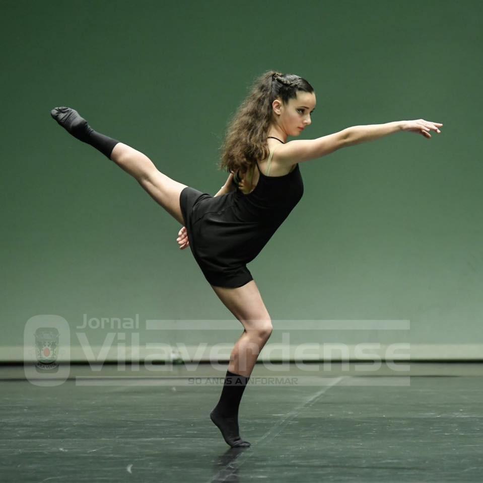 """Lara Machado é natural de Carreiras S. MiguelJovem bailarina vilaverdense é """"Embaixadora de Vila Verdee da marcaNamorar Portugal – Fevereiro, Mês do Romance"""""""