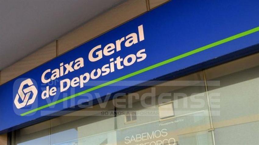 Tribuna pública junto à agência da Caixa Geral de Depósitos de Celeirós (CGD)PCP protesta contra encerramento de agências da CGD em Braga