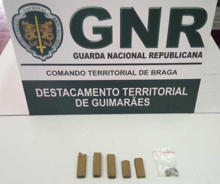 """GUIMARÃES Jovem de 22 anos """"apanhado"""" com droga"""