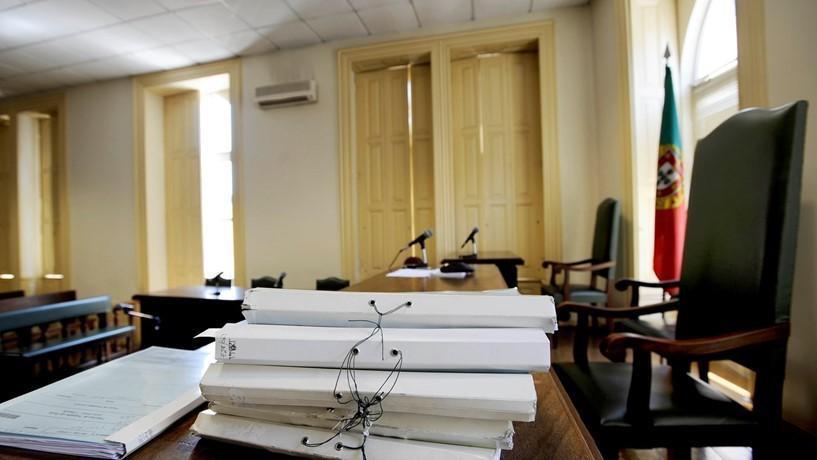 Dias 29 de Junho, 2 e 3 de JulhoFuncionários judiciais marcam três dias de greve
