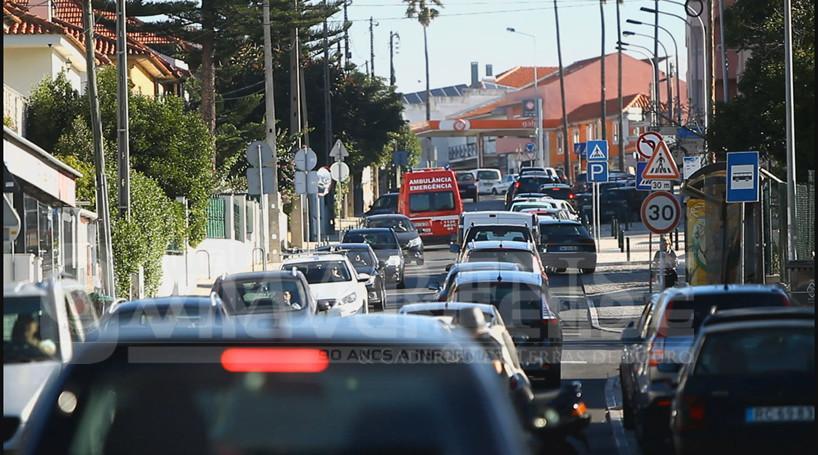 """""""É a cidade com mais automóveis per capita do país""""Braga é uma cidade que sofre os efeitos de uma """"invasão automóvel"""", alerta o Bloco de Esquerda"""