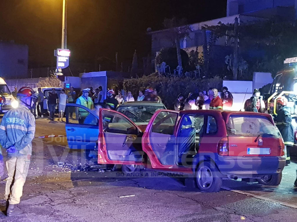 ÚLTIMA HORA –  Colisão frontal faz oito feridos na Loureira. Dois são crianças