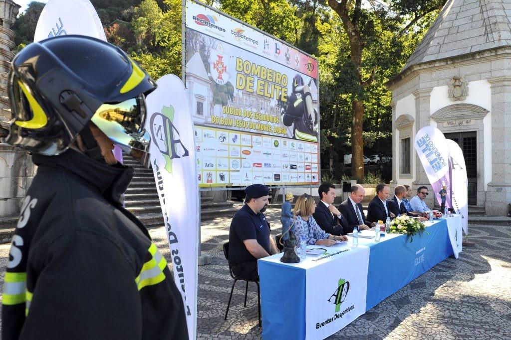 """BRAGA –  """"Bombeiro de Elite"""" junta mais de 420 Soldados da Paz de 7 nacionalidades"""