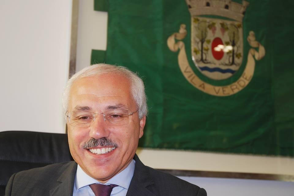 JUSTIÇA - Relação de Guimarães iliba Vilela dos crimes de prevaricação e desobediência