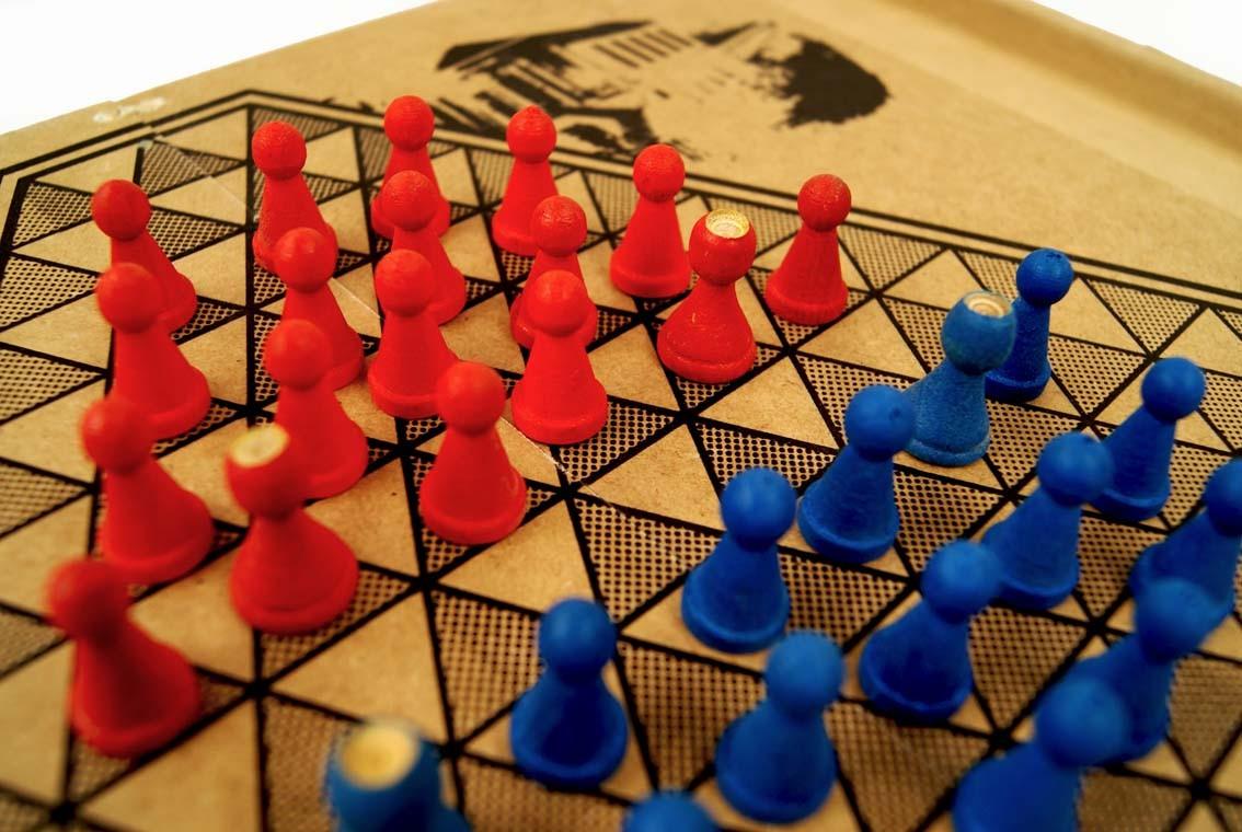 VILA VERDE - Encontro de Jogos tradicionais de tabuleiro amanhã na Biblioteca Municipal