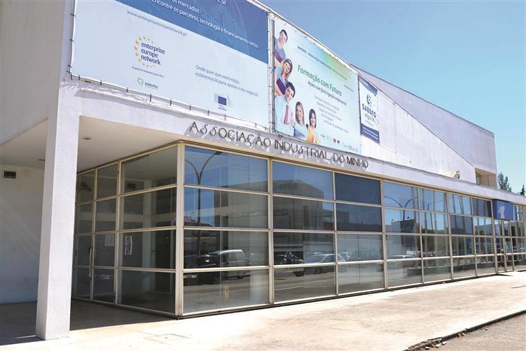 REGIÃO - Credores da AIMinho põem à venda edifícios-sede em Braga e em Viana do Castelo