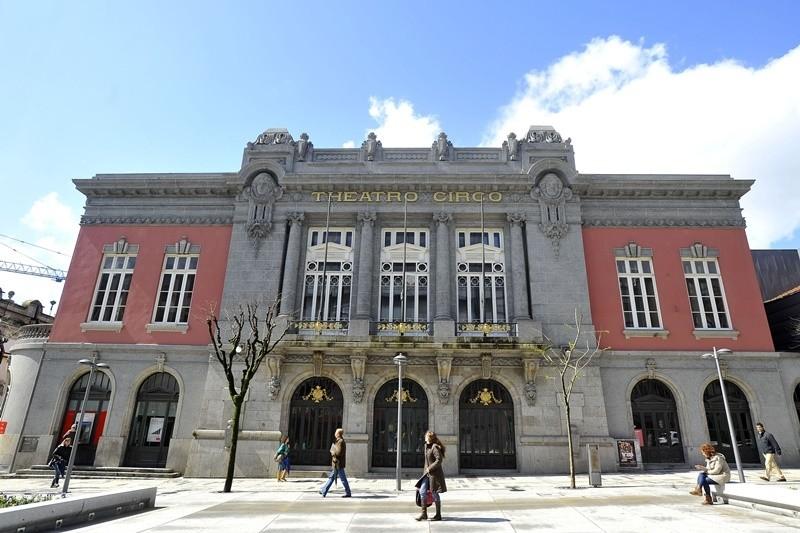 JUSTIÇA - Tribunal julga acção em que Theatro Circo pede 16 mil euros ao Município de Coimbra