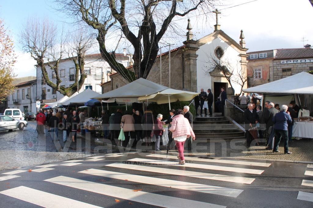 VILA VERDE - Eucaristia e Feira do Mel para celebrar Santa Luzia
