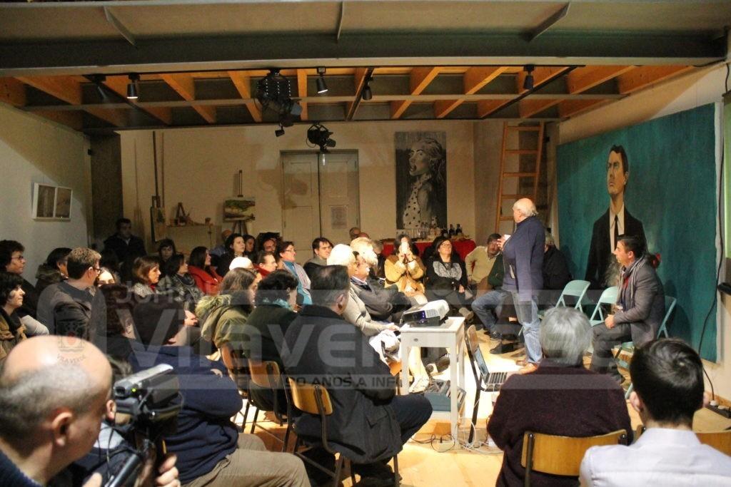 CULTURA -Conferência e apresentação de livro encheram Escola do Penedo na Lage
