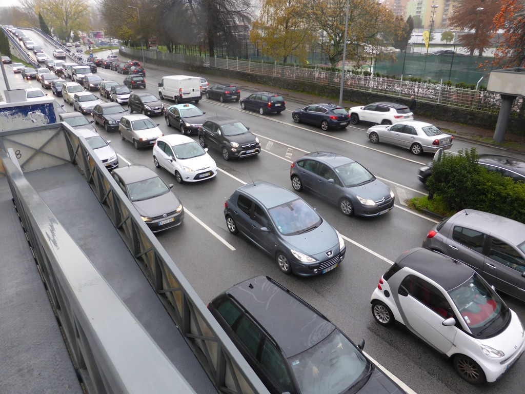 BRAGA –Protesto dos 'Coletes Amarelos' acaba com desacatos entre… manifestantes