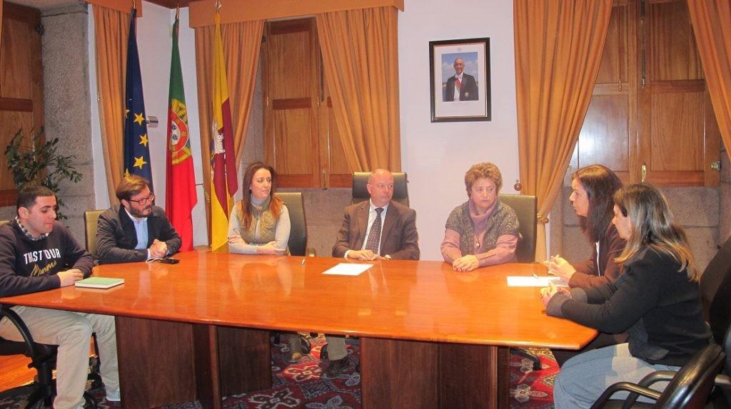 REGIÃO - Câmara de Ponte de Lima apoia a Fundação AMA Autismo