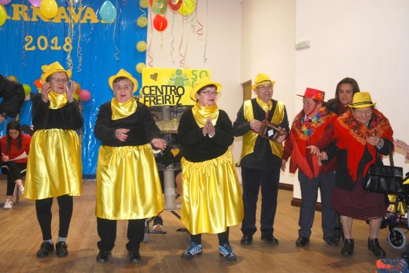 CERVÃES –  Centro Social recebe Baile de Máscaras Sénior