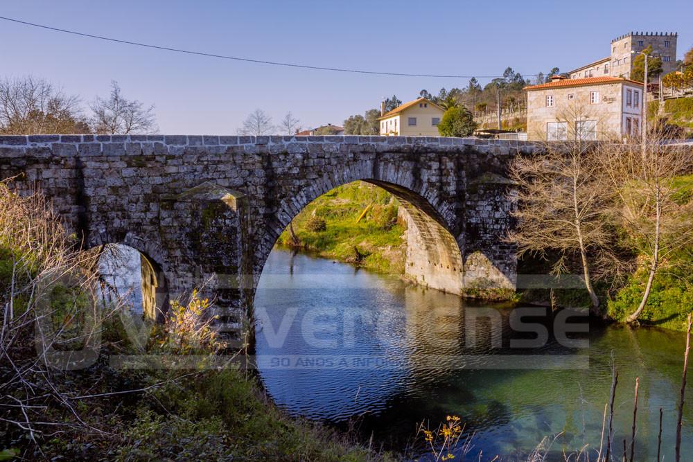 ÚLTIMA HORA: Ponte de Rodas (ligação Coucieiro/Caldelas) está, provisoriamente, encerrada ao trânsito