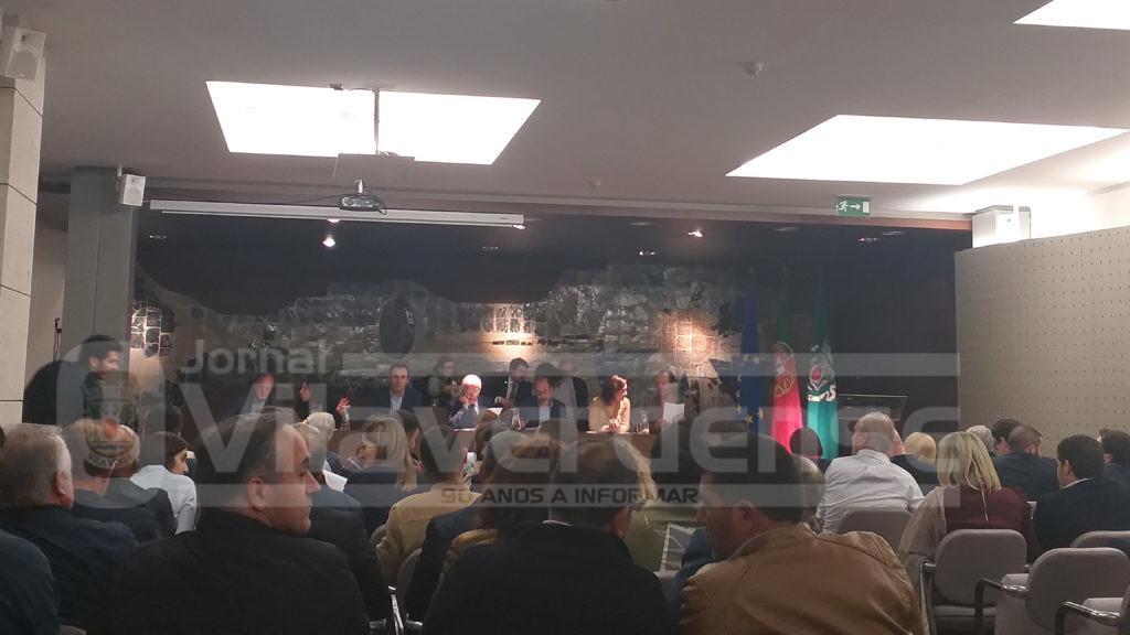 VILA VERDE –  Assembleia Municipal chumba nova transferência de competências