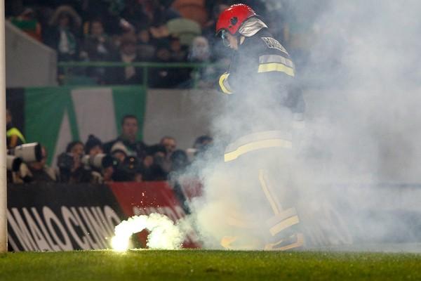 CRIME - PSP apreendeu engenhos pirotécnicos que iam ser usados no SC Braga-FC Porto deste sábado