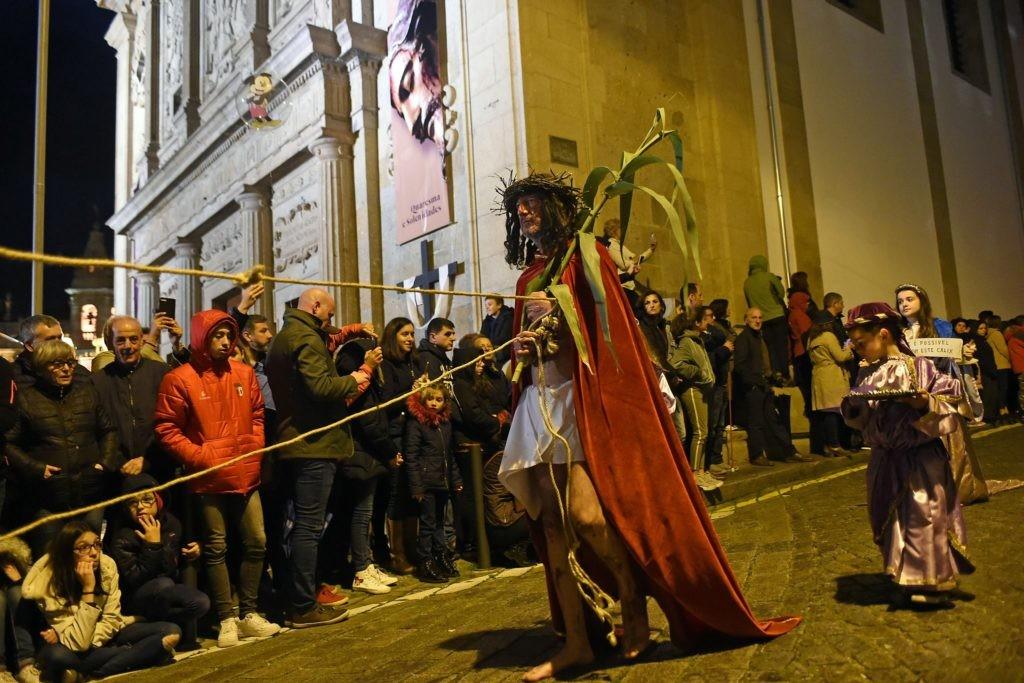 BRAGA – Procissão 'Ecce Homo' leva ao centro histórico de Braga milhares de pessoas
