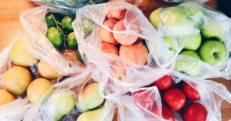 NACIONAL - Parlamento aprovou fim dos plásticos na venda de pão, legumes e fruta