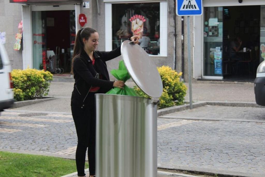 VILA VERDE (Correcção) - Não há recolha de lixo nos dias 22 de Abril e 1 de Maio
