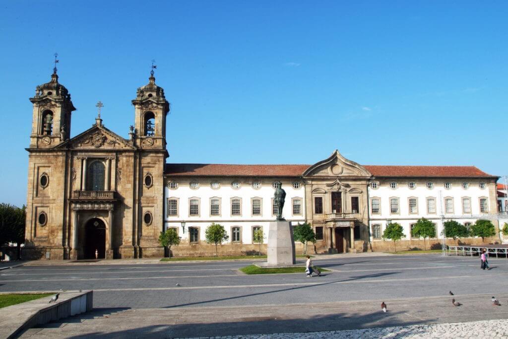 BRAGA –  Tolerância de ponto da Páscoa encerra serviços municipais em Braga
