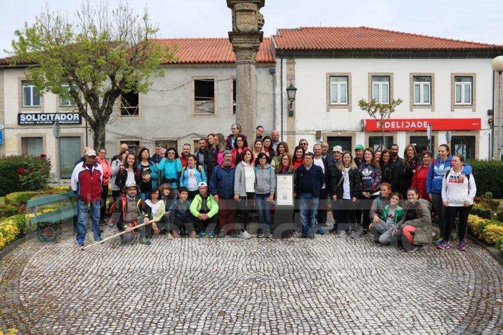 """VILA VERDE -50 """"caminheiros"""" juntaram-se esta manhã para """"Percorrer o Caminho de Santiago em Vila Verde"""""""