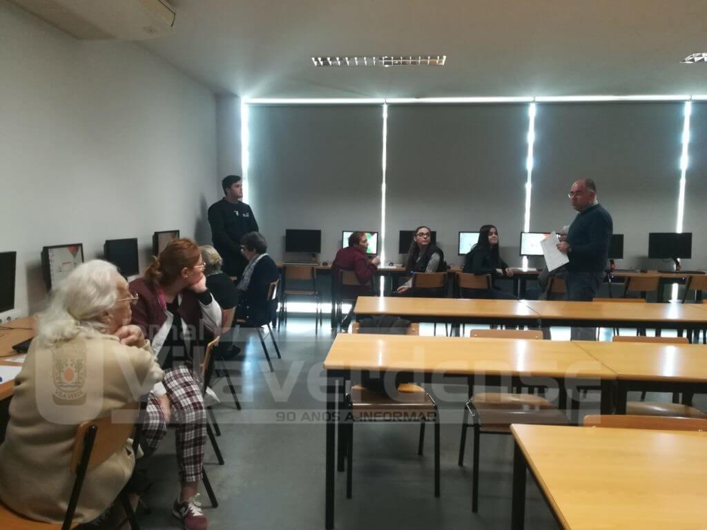 """REGIÃO - """"Tarde de aventura digital"""" com alunos e professores da EPATV e utentes do Centro Social Vale do Homem"""