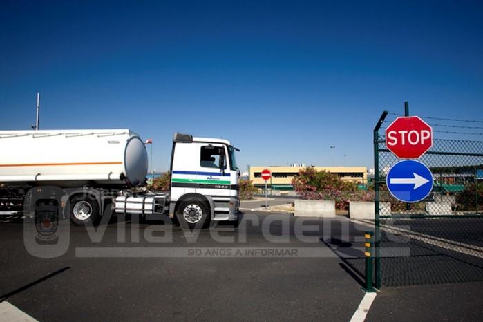 NACIONAL - Greve dos motoristas pode deixar país sem combustível