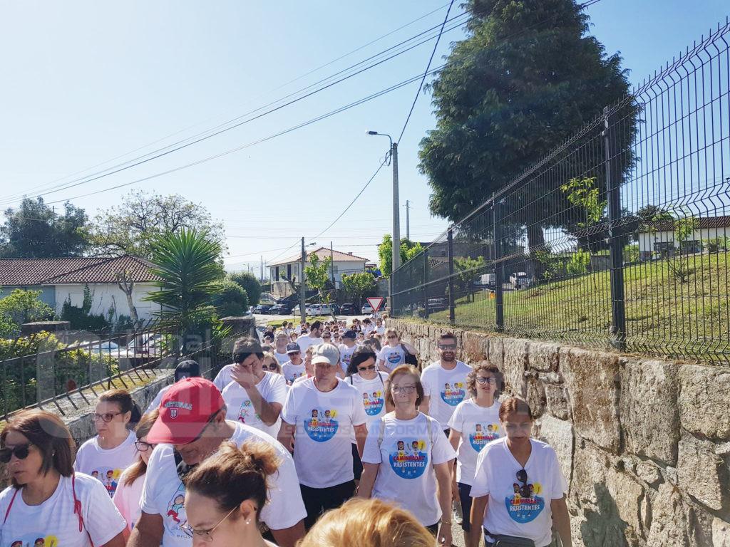 LOUREIRA (Vila Verde): Centenas caminharam unidas na luta contra o cancro