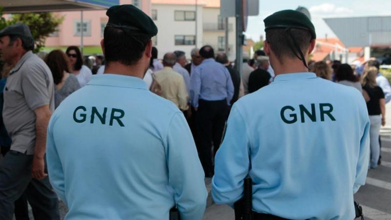 CRIME – GNR de Fafe detém jovem por posse de cerca 360 doses de droga